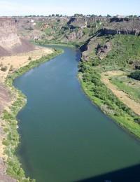 Sanke_river2